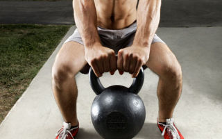 Чем полезны упражнения с гирей?