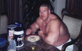 Почему при наборе мышечной массы растёт и жировая прослойка?