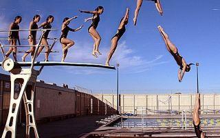 Прыжки с вышки в воду