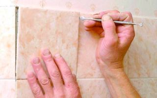 Отвалилась плитка в ванной, чем приклеить