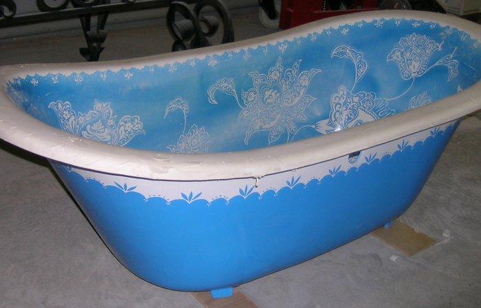 рисунок на ванне