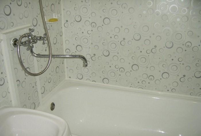Для каких ванных комнат подходят ПВХ
