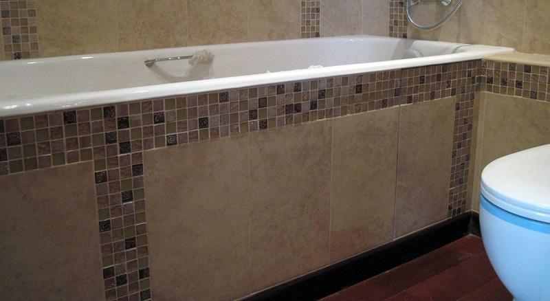 экран для ванной из плитки
