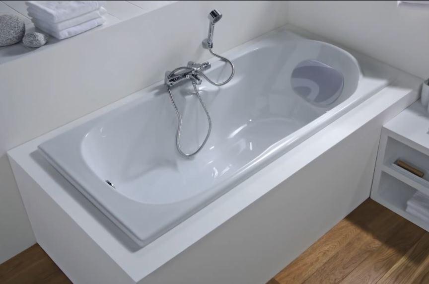 монтаж врезного смесителя на акриловую ванну