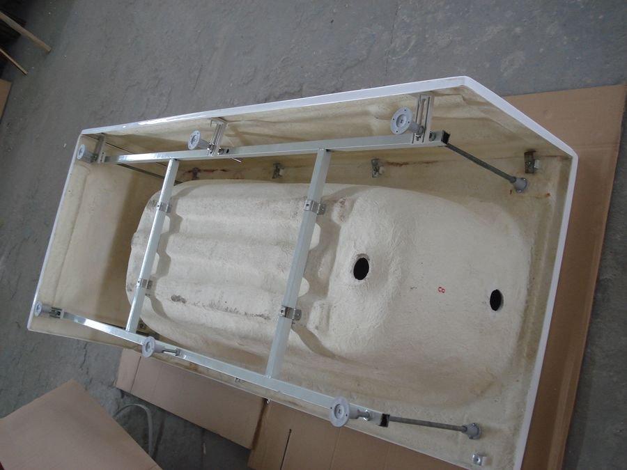 Установка акриловой ванны на заводской каркас