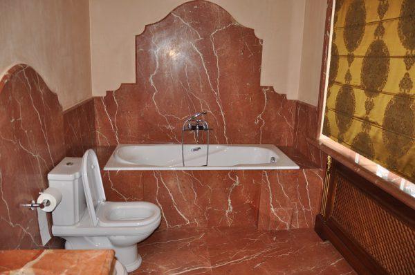 Гвл или влагостойкий гипсокартон в ванной