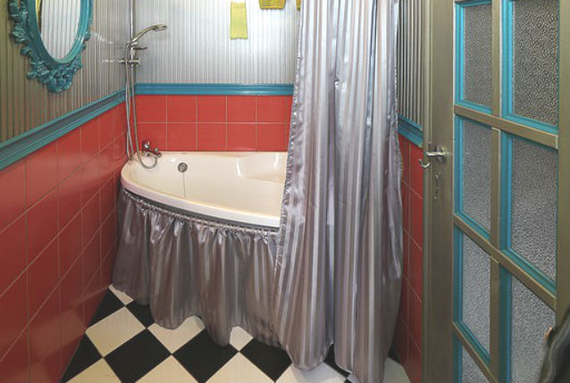 Шторка для ниши под ванной
