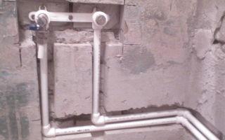 Как спрятать трубы в стену