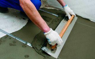 Выравнивание пола цементной стяжкой