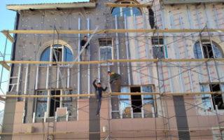 Покраска фасада здания и другие разновидности ремонта фасадов