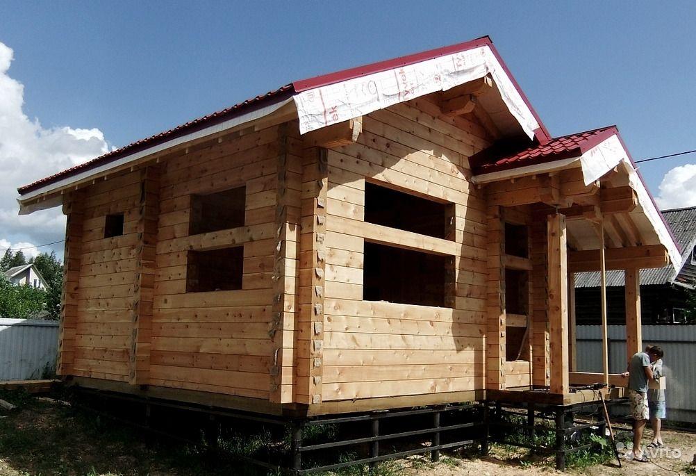 Профилированный брус в строительстве жилых домов: о плюсах и особенностях
