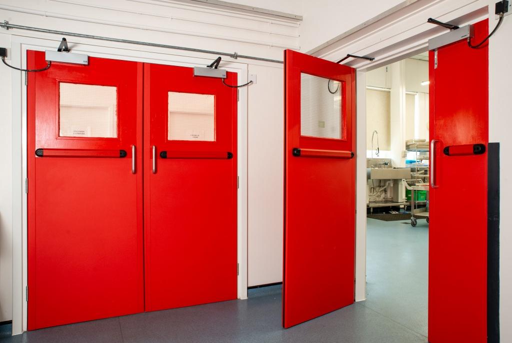 Противопожарные двери – надежный атрибут безопасности здания