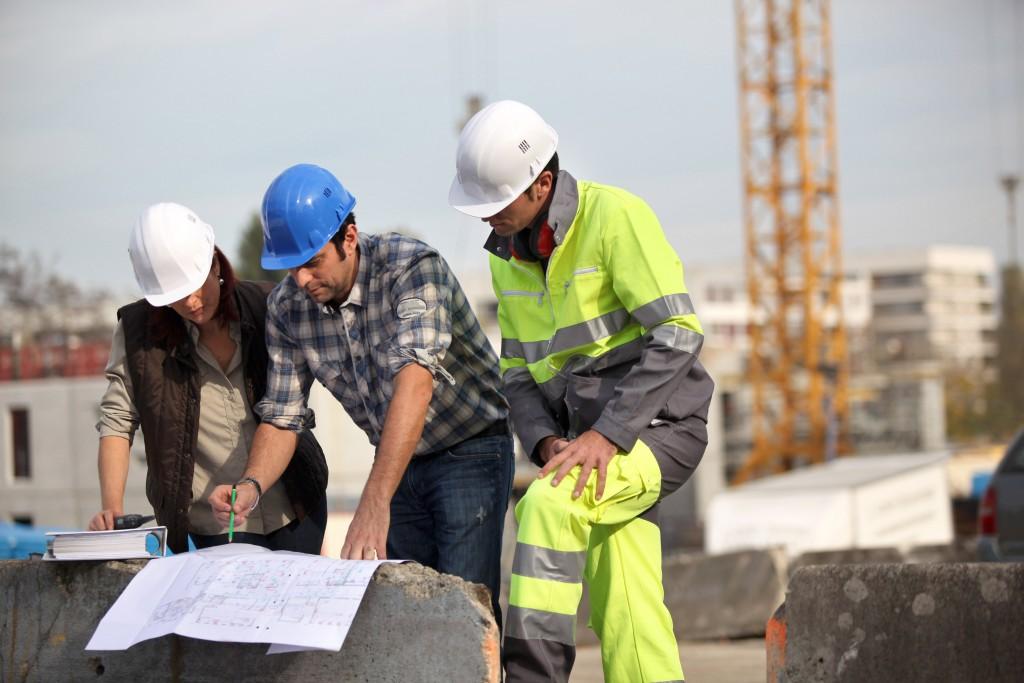 Стройэкспертиза – новая услуга строительства